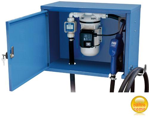 Elektropumpe für AdBlue-Analge im Wandschrank komplett montiert