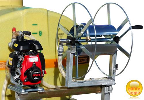 Anbaupumpe, Schlauchhaspel und Anbaukonsole zur Nachrüstung