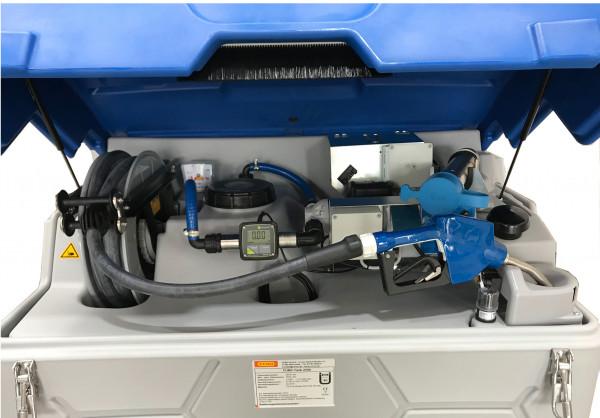 Beispiel: Outdoor Basic AdBlue®-CUBE-Tank 1500 Liter – Pumpe und Zähler FMT 3 zum Anschluss an Tankautomat