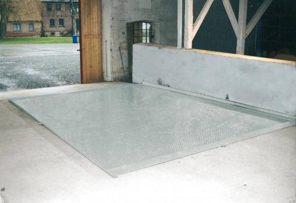 Beispiel Abfüllplatz »BASIC« ohne Spritzschutzwand und Anfahrschutz
